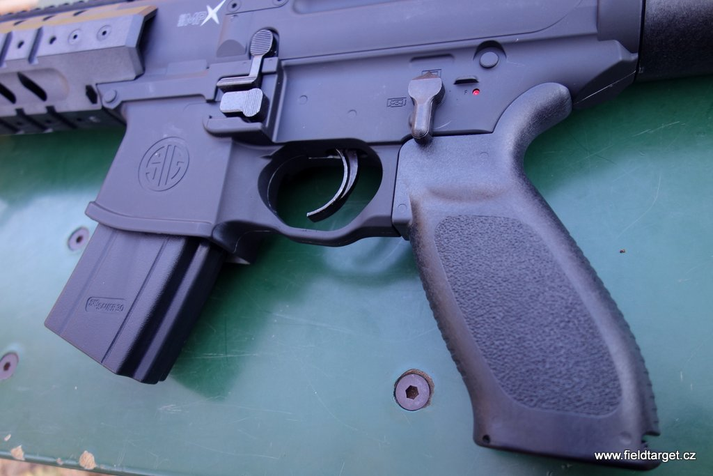 SigSauer MP 015